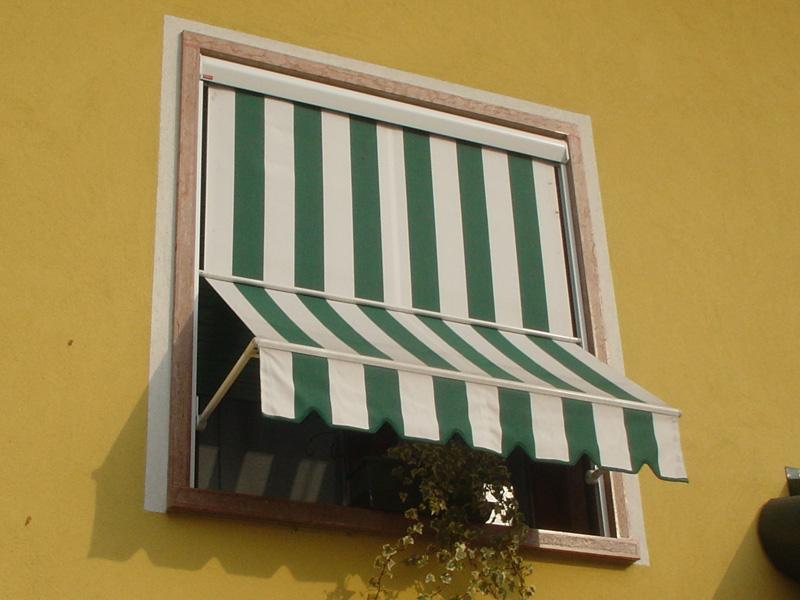Realizzazione di tende da sole tappezzeria aversa - Tende per finestre da bagno ...
